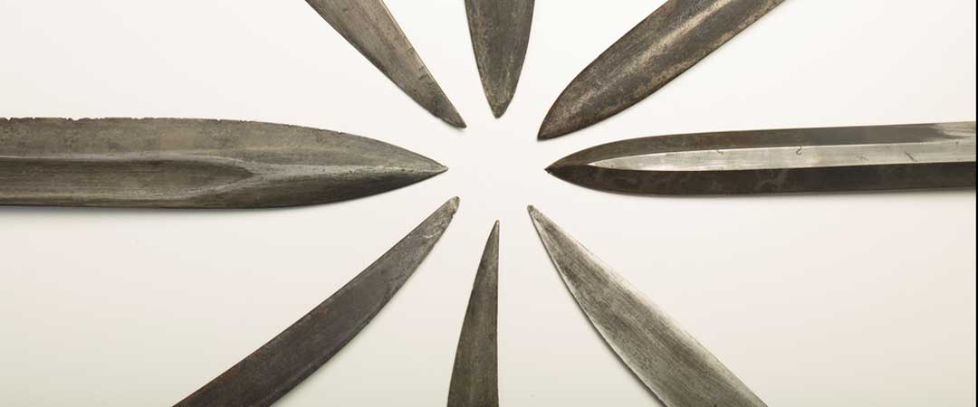 Knifes in a circle